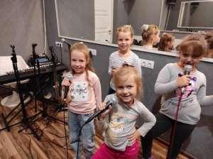 вокал для детей Киев Позняки - уроки вокала - школа вокала - изображение 1