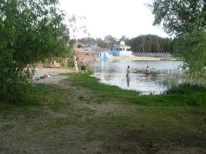 Дача возле голубого озера Подгорцы коператив Арсеналец-6 - изображение 1