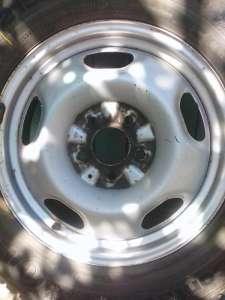 Диски металические на 16 с зимней резиной. - изображение 1