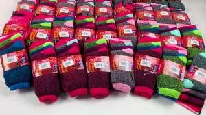Лот 10-0690, Теплі носки жіночі, вага 5,8 кг (105 шт) - изображение 1
