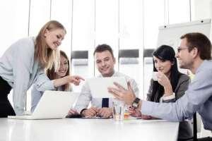 Помощник руководителя в офис - изображение 1