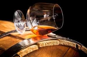 Продам Молдавский коньяк, виски, ром, чача, шампанское, водка, вино - изображение 1