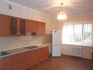 Сдам 3-комнатную квартиру в Киеве - изображение 1