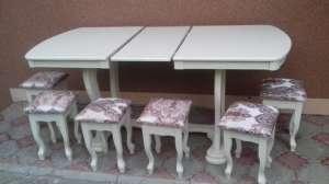 Стол и табуретки - изображение 1